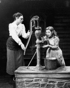 anne_bancroft_patty_duke_miracle_worker_1_1960
